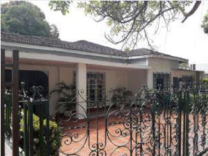 Casa para Venta en el sector de Crespo 2326304_Portada_3